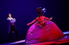 Mikelangelo Loconte - Melissa Mars - MOZART L'OPERA ROCK  Palais des Sports (Paris)   Mise en scène Olivier Dahan  © Gautier Pallancher in MOZART L'OPERA ROCK
