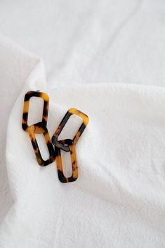 Tortoise Chain Earrings
