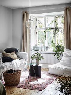 estudio escandinavo muy cozy estilo nórdico estilo escandinavo diseño interiores estudios decoración pisos pequeños decoración minipisos decoración estudios blog decoración
