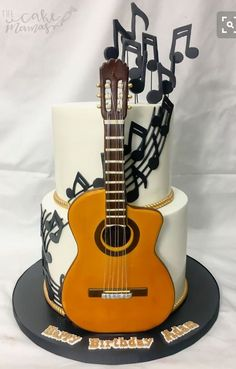 Tortas/pasteles b tourism studies - Tourism Guitar Birthday Cakes, Guitar Cake, Birthday Cakes For Teens, Happy Birthday, Country Birthday Cakes, Cake Birthday, Music Themed Cakes, Music Cakes, Bolo Fashionista