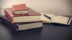 Konieczną czynnością, jaką należy wykonać podczas kupna nieruchomości, prócz sprawdzenia księgi wieczystej jest weryfikacja podstawy nabycia potwierdzającą prawo do lokalu/domu/działki:  Dodatkowej weryfikacji aktualnego stanu faktycznego wymaga dom/działka. W tym celu należy sprawdzić:  Prócz omówionych dokumentów do finalizacji sprzedaży nieruchomości należy przedstawić notariuszowi:  Należy ponadto pamiętać, że nieruchomości nabyte w drodze zakupu 5 lat przed planowanym zbyciem są…