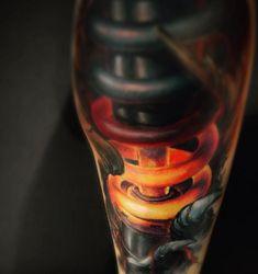 Tattoo glühendes Federbein