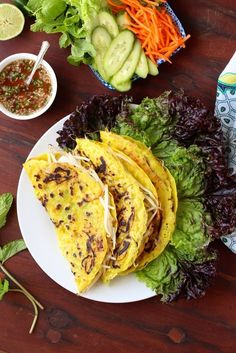 Banh Xeo - Crispy Vietnamese Crepes with Shrimp - Breakfast/Brunch Recipes - Vietnamese Crepes, Vietnamese Cuisine, Asian Recipes, New Recipes, Cooking Recipes, Healthy Recipes, Banh Xeo, Cambodian Food, Laos Food