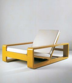 Lacquered Wood Lounge Chair | Jean Royère | 1934 | ELLE Decoration NL