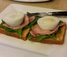 Steamed bacon and poached eggs by tammaspice on www.recipecommunity.com.au