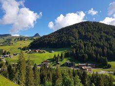 Die Natur in Damüls ist einfach herrlich.Wir freuen uns riesigdass wir unsere Gäste jetzt und später bei der Entdeckung der Gegend begleiten dürfen.Wir halten immer einen oder anderen Geheimtipp für Sie bereit. Vineyard, Golf Courses, Mountains, Nature, Travel, Outdoor, Simple, Alps, Tips