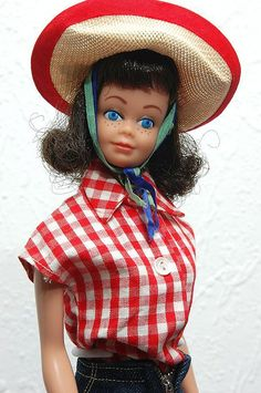 ((Midge)) cept mine had red hair :) I think I liked her better than my barbie as she seem more like a real person.