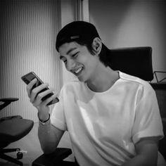 Foto Bts, Taekook, K Pop, V Bts Cute, V Bts Wallpaper, Handsome Faces, V Taehyung, Bts Lockscreen, Bts Bangtan Boy