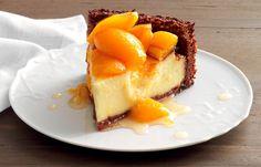 Ricetta Cheesecake di amaretti e nespole - La Cucina Italiana: ricette, news, chef, storie in cucina