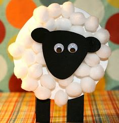 Teaching little ones how Jesus was the Lamb of God/Passover Lamb. Lamb Craft