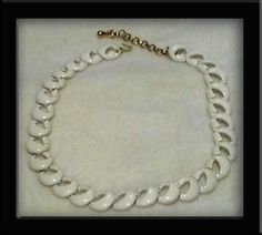 VINTAGE MONET WHITE ENAMEL CHOKER NECKLACE IN PERFECT CONDITION! $24.95