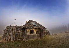 Hut of Bukovina, by lica20.deviantart.com on @deviantART
