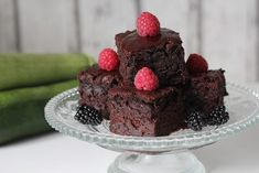 Cuketové brownies Dessert Recipes, Desserts, Healthy Baking, Ham, Yummy Food, Cooking, Dessert Food, Food And Drinks, Cake Ideas