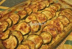 Kétféle sajtos-sonkás rakott cukkini | NOSALTY Zucchini, Paleo, Food And Drink, Favorite Recipes, Healthy Recipes, Snacks, Meals, Vegetables, Foods