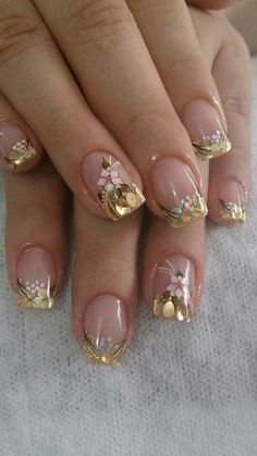 Outstanding spring nail art design with white flower Fancy Nails, Trendy Nails, Cute Nails, My Nails, Glitter Nails, Gold Manicure, Nail Art Design 2017, Nail Art Designs, Nails Design