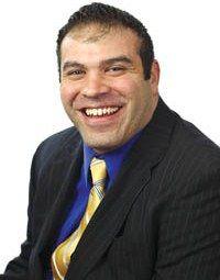 "Laurence Drago '00 Long Island Business News' ""40 Under 40″ Award"