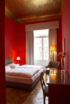Classic Zimmer 24 - Altstadt Vienna Hotel Wien Zentrum Design Hotel, Vienna Hotel, Short Vacation, Honeymoon Pictures, Cool Designs, Rooms, City, Bed, Classic