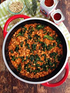 sweetsugarbean: Braised Lentils and Chickpeas with Kale & White Wine