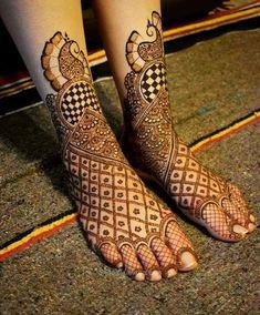 Top Bridal Mehndi Artist in Hyderabad Wedding Henna Designs, Engagement Mehndi Designs, Legs Mehndi Design, Latest Bridal Mehndi Designs, Full Hand Mehndi Designs, Mehndi Designs Book, Mehndi Designs 2018, Mehndi Designs For Girls, Mehndi Designs For Beginners