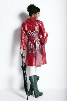 Womensyellow Raincoat And Boots Refferal: 7672180298 Pink Raincoat, Plastic Raincoat, Wellies Rain Boots, Hunter Wellies, Hunter Boots, Imper Pvc, Plastic Girl, Rainy Day Fashion, North Face Rain Jacket