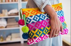 Sophie Anderson crochet clutch