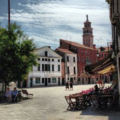 Campo Santa Margherita - dine affordably among locals