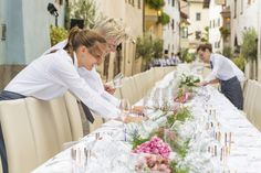 GREAT GOURMET EVENT (FESTIVAL TABLE) Culinary highlights in the historic streets of St. Pauls   Eppan, choreographed by star chef Herbert Hintner and team. #WeinKulturWochen #settimaneenoculturali #winecultureweeks #Eppan #Appiano #SouthTyrol #Südtirol #AltoAdige