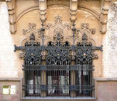Mataró Modernisme by Arnim Schulz, via Flickr ~ Casa Coll i Regàs, Cataluña