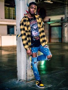 Shop the latest streetwear, high street and designer fashion trends. Dope Outfits For Guys, Swag Outfits Men, Stylish Mens Outfits, Jordans Outfit For Men, Hype Clothing, Mens Clothing Styles, Mode Streetwear, Streetwear Fashion, Black Men Street Fashion