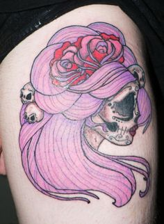 Female skull w/pink hair Unique skull tattoo featuring a woman's face with pink and red roses and tiny skulls in her pink hair. Woman's face skull tattoo with pink roses Most skull tattoos use a traditional image of the human skull, but this girl chose a distinctive female-esque ...