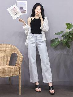 Korean Fashion Trends you can Steal – Designer Fashion Tips Korean Girl Fashion, Korean Fashion Trends, Korean Street Fashion, Korea Fashion, Asian Fashion, Look Fashion, Daily Fashion, Fashion Outfits, Fashion Design