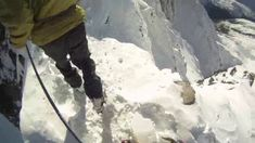 """This is """"Paso de Mahoma, Aneto by Guias Benasque / David Pujol on Vimeo, the home for high quality videos and the people who love them. Amazing Nature, Mountains, Outdoor, Bb, Spain, Videos, Pyrenees, Bridges, Fotografia"""