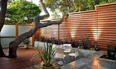 Cheap And Easy Tips: Garden Fence Online Front Yard Iron Fence Ideas.Garden Fence U Post Privacy Fence Nwa.Garden Fence Value. Modern Front Yard, Small Front Yard Landscaping, Front Yard Design, Fence Landscaping, Modern Fence, Backyard Fences, Modern Landscaping, Modern Patio, Landscaping Design