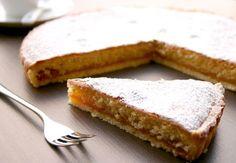 crostata con marmellata e frangipane