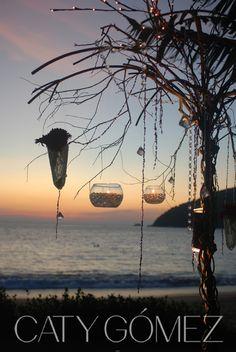 Beach wedding decoration ideas - make the lights soft and romantic. www.catygomez.com