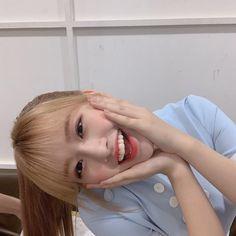 Kpop Girl Groups, Korean Girl Groups, Kpop Girls, Yu Jin, Japanese Girl Group, Fans Cafe, Kim Min, Extended Play, K Idol