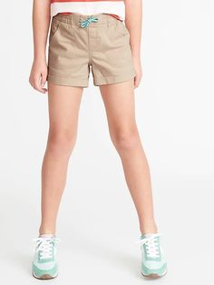 Old Navy Cuffed Twill Pull-On Shorts for Girls Teen Shorts, Cute Shorts, Casual Outfits 2018, Old Navy Girls, Shop Old Navy, Maternity Wear, Short Girls, Girls Shopping, Man Shop