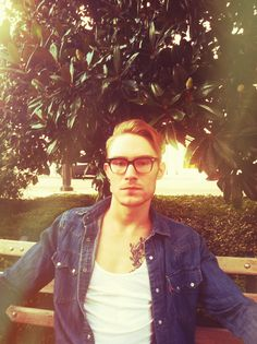 Levis denim shirt. H tank. Warby Parker glasses. Nashville, TN