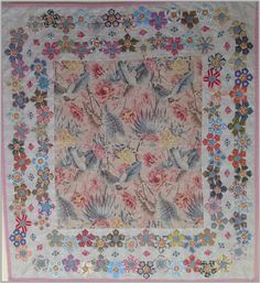 Passiflora Panel with Pentagon Border. What a lovely border! Quilt by Brigitte Giblin