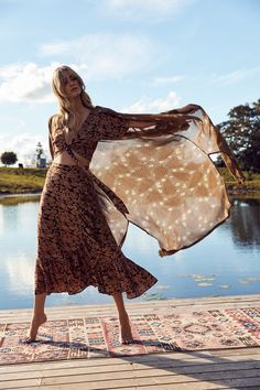 """Lakehouse"" por Tree of Life - Nomadbubbles Gipsy Fashion, Indie Fashion, Style Fashion, Hippie Style, Bohemian Style, Boho Chic, Moda Boho, Boho Look, Boho Outfits"