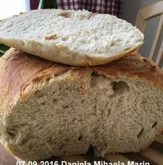 Paine de casa traditionala ungureasca | Savori Urbane Favorite Recipes, Bread, Food, Bread Baking, Brot, Essen, Baking, Meals, Breads