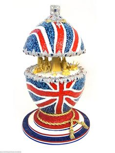 Totally Sugar's cake features the Union Jack and London landmarks including the Millennium Dome, London Eye and Tower Bridge.