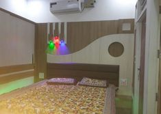 Bedroom is the place of home.We also need lots of furniture to make the room Just like a wardrob in the room. Bed Furniture, Furniture Design, Wood Bed Design, Pooja Room Design, Carpenter Work, Main Door Design, Pooja Rooms, Wood Beds, Wood Bedroom
