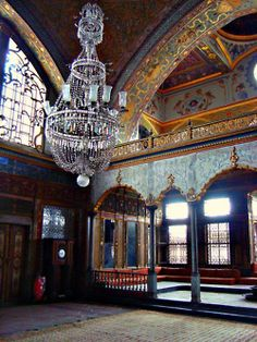 Imperial Harem at Topkapi Palace, Istanbul, Turkey by Ferry Vermeer (slowing… Turkish Architecture, Art And Architecture, The Places Youll Go, Places To Visit, Sainte Sophie, Grand Bazar, Empire Ottoman, Turkey Travel, Islamic Art