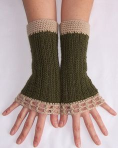 Arm warmers. LOVE THESE! COLORS ARE PERFECT!!!!!