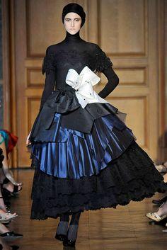 Christian Lacroix Fall 2009 Couture Fashion Show - Daiane Conterato (Elite)