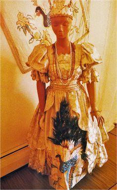 ropa de santo | Lourdes López, Ropa de santo of Ochun, New York, 1984