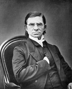 Emile LITTRÉ, lexicographe français, est né le 1er février 1801
