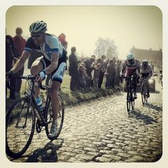 Photos by Thomas Sch (@Sch.Tho) | PhotoPile Paris-Roubaix à Cysoing