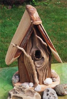 Unique Driftwood Birdhouses | Projects, tips, inspriation & creative ideas